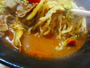 金太郎ラーメン 元祖味噌オロチョン 麺スープ