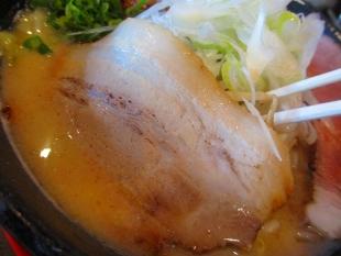 えぼし 辛味噌ラーメン大 チャーシュー (2)