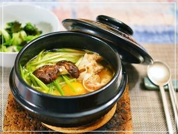 お鍋のスープで