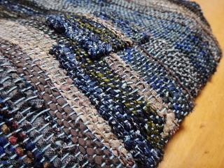 ネクタイ裂き織り通勤バッグの補修再び