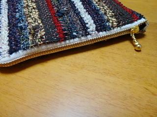 ネクタイ裂き織りマチありポーチ ファスナー側