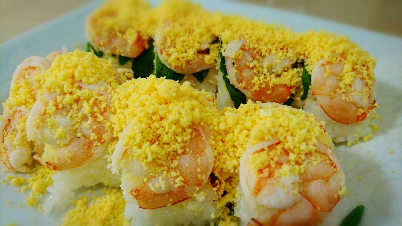 ラップで簡単 エビの棒寿司
