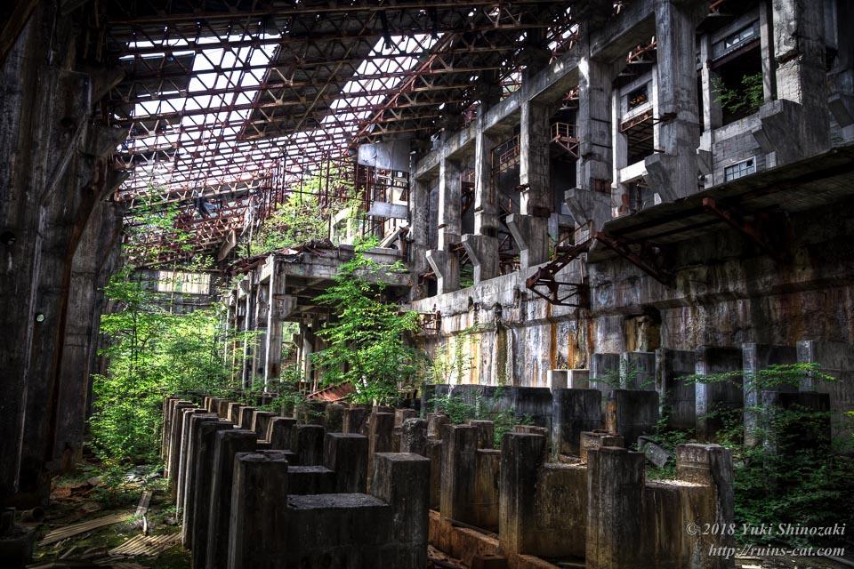 選鉱場内部 1階