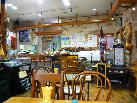 喫茶ギンマジョ:店内