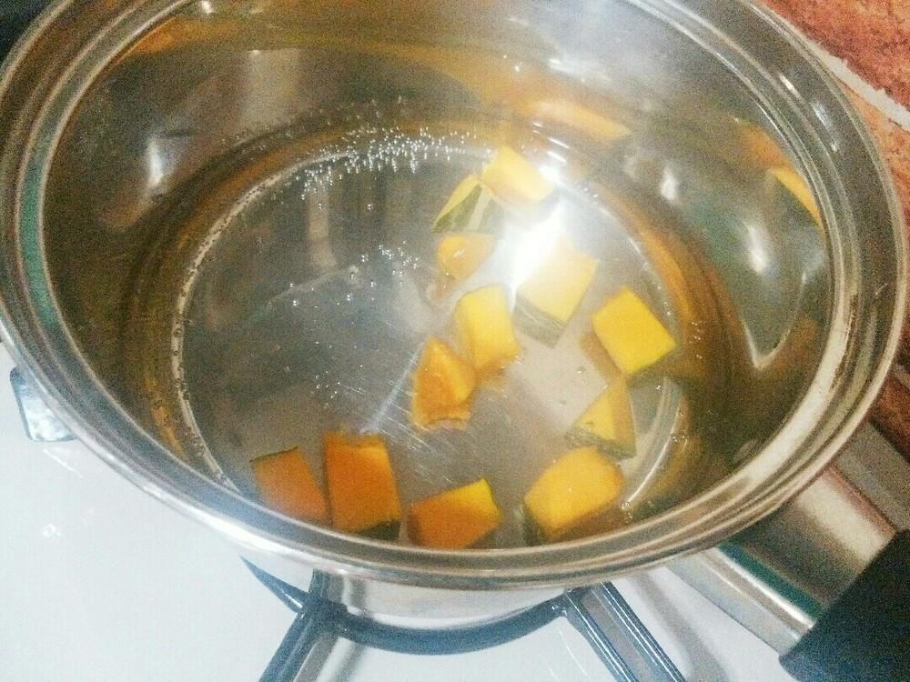 ビッツと南瓜のグリーンスープかけの作り方2