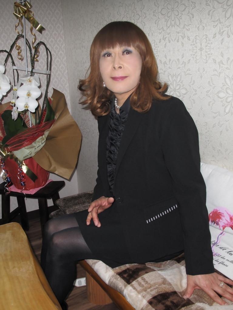黒スーツカラオケ(5)