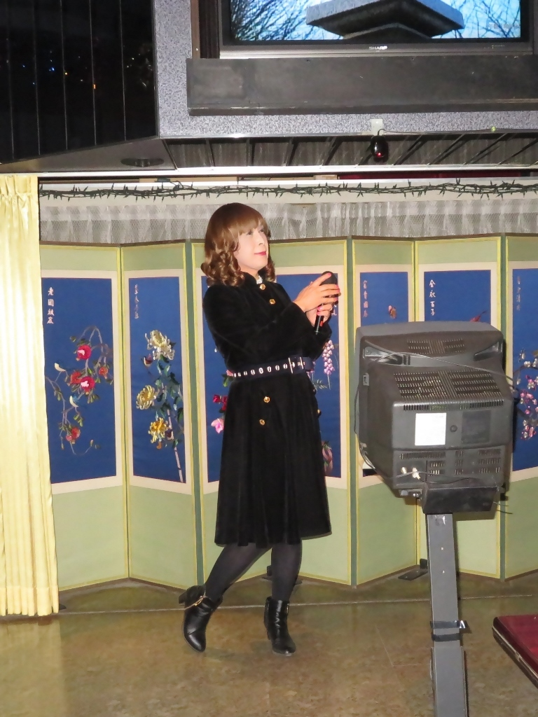 黒ベルベットでワンピカラオケ(2)