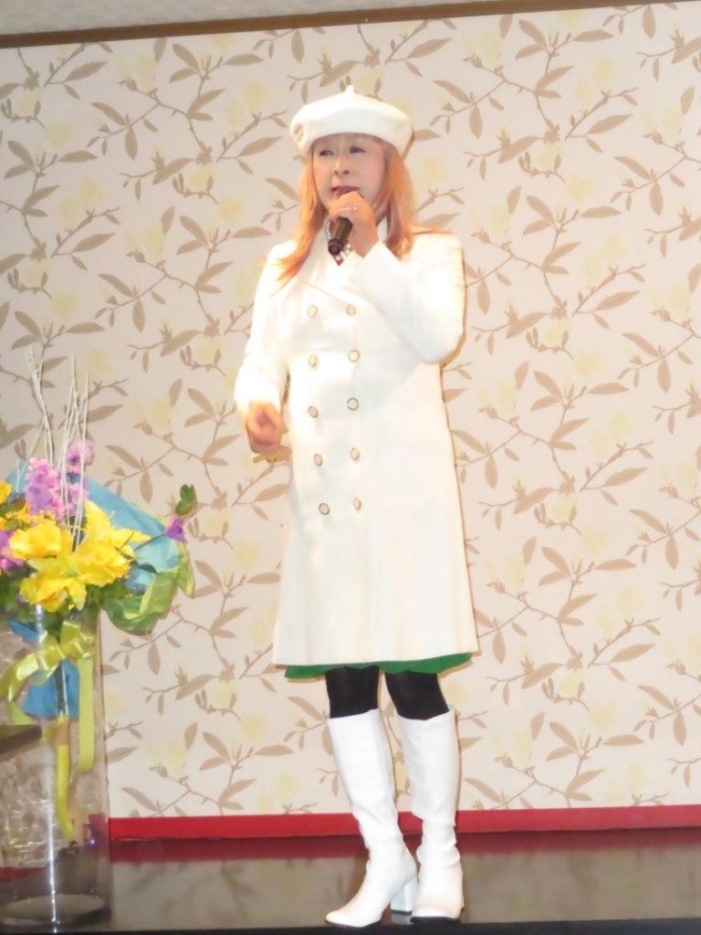 白ドレスコートカラオケ(4)