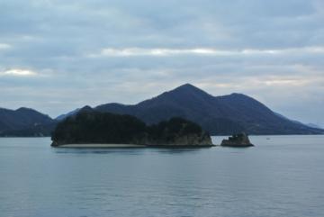 かたちの好い島々