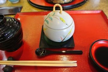 単品で茶碗蒸しを