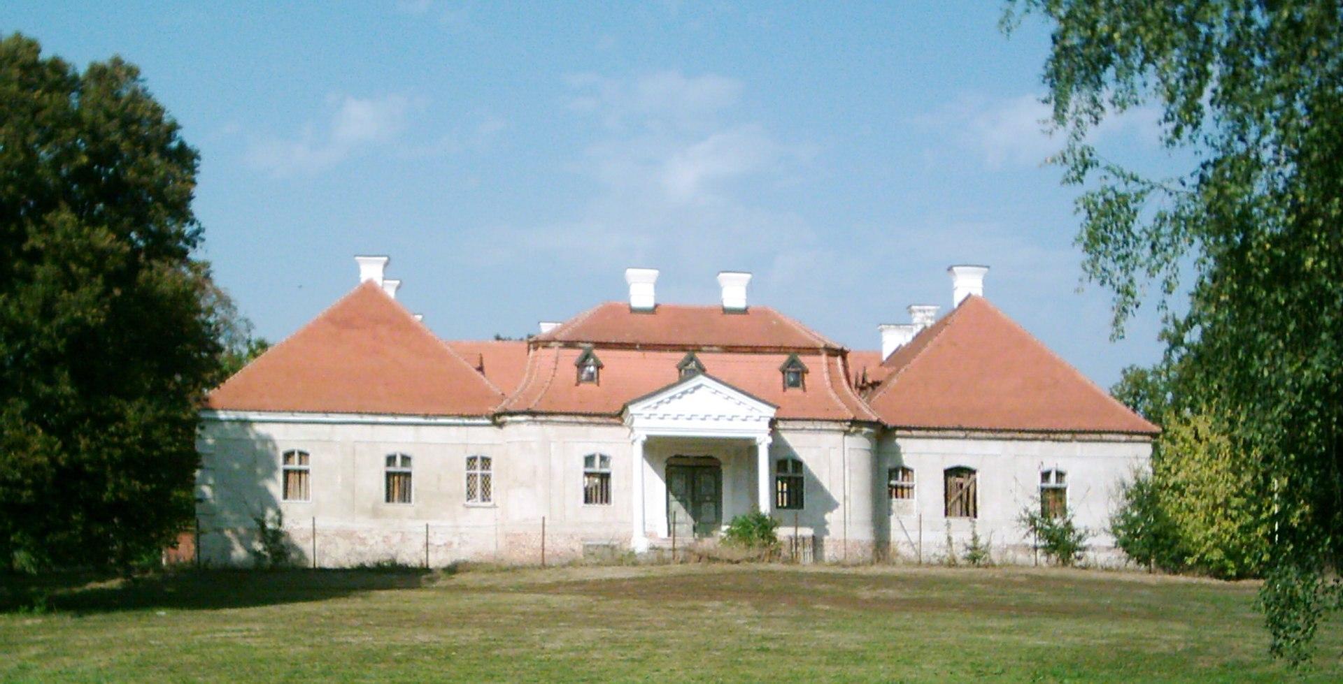 Zseliz Esterhazy Castle