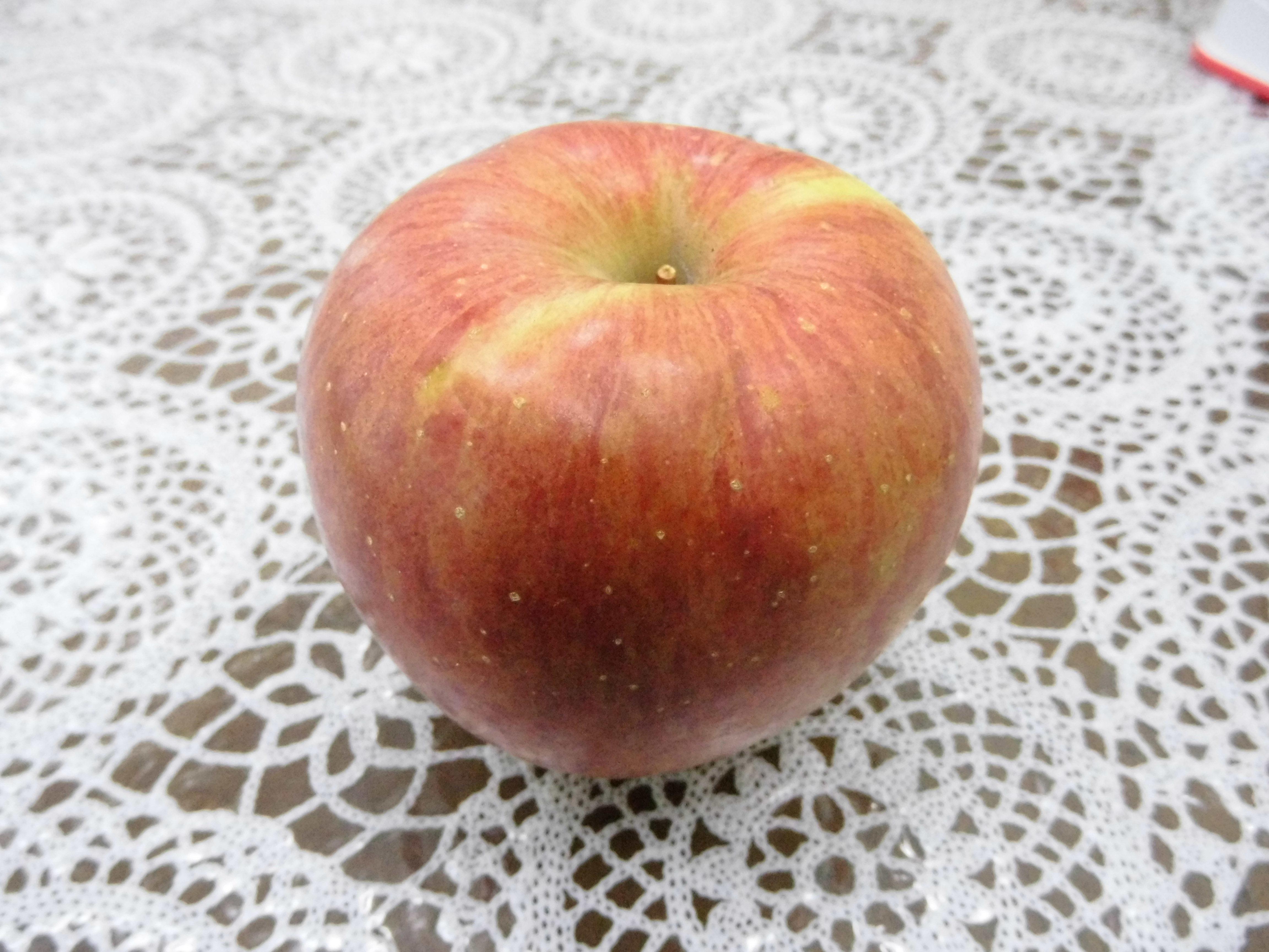 うおづのりんご