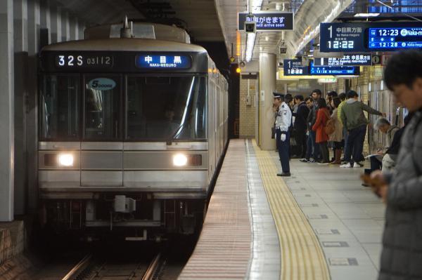 2017-11-19 メトロ03-112F 中目黒行き