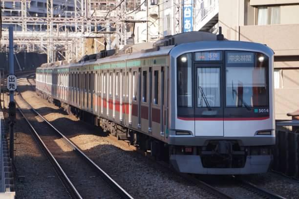 2017-12-25 東急5114F 各停中央林間行き