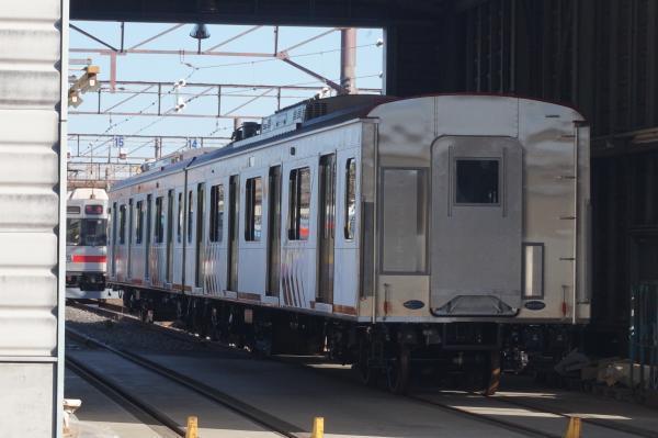 2018-01-09 東急6101F・6102F 7両化用中間車