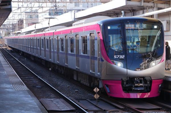 2018-01-13 京王5732F 準特急新宿行き1