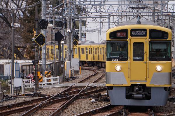2018-02-13 西武2055F_2413F 急行西武新宿行き 2338レ