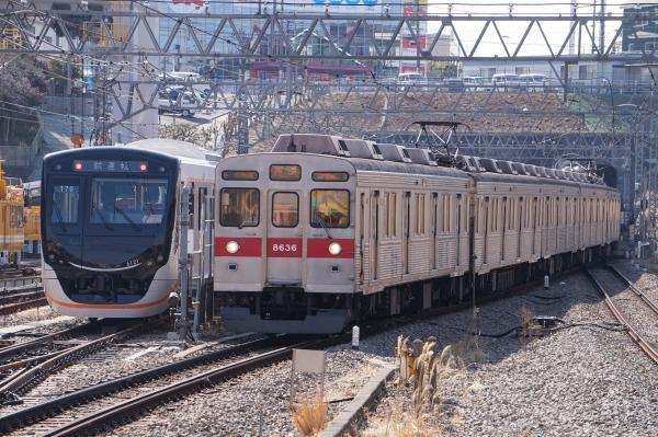2018-02-20 東急6121F 8636F