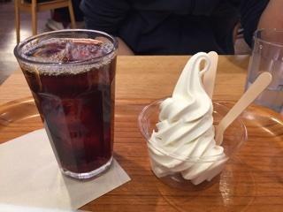 ソフトクリーム+セットのアイスコーヒー