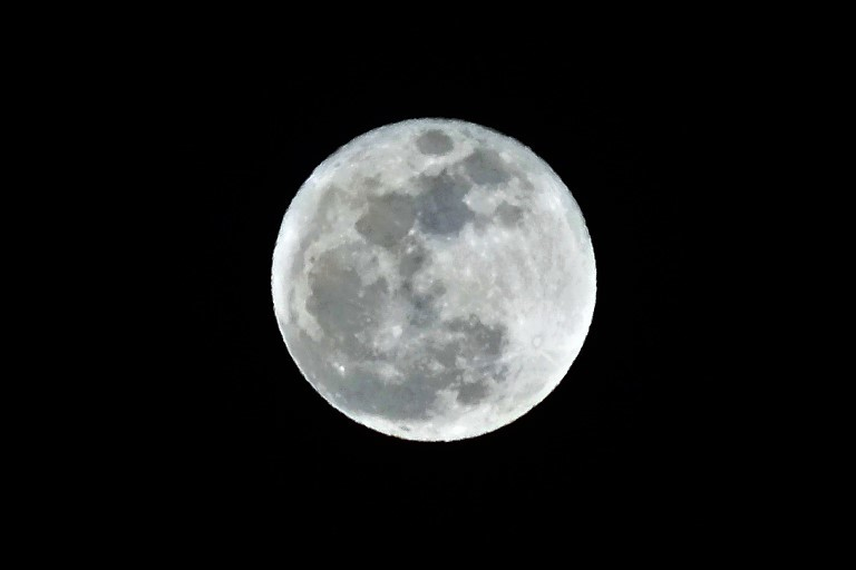 moon30010201