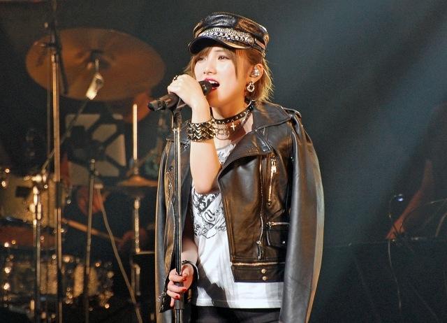 【AKB48】へえ、あんたもナナって言うんだ…岡田奈々、念願のソロコンサートで『GLAMOROUS SKY』など全23曲を熱唱! SHOWBIZ JAPAN