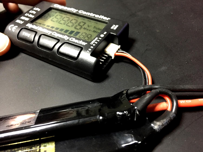 7 オススメ 電動ガン リポバッテリー 電圧チェック EAGLE FORCE イーグルフォース バッテリー セルメーター レビュー