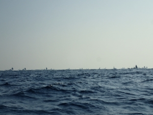 P2240011 8時ころの船団