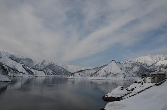 田子倉ダム冬2