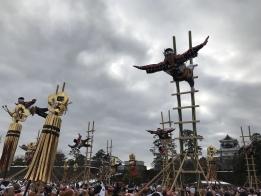 田上の梯子登り演技
