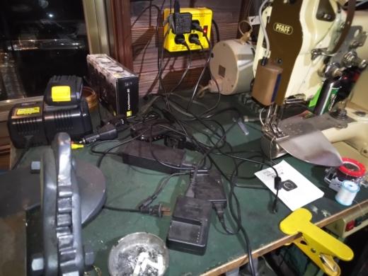 デジタル充電棚 (1)