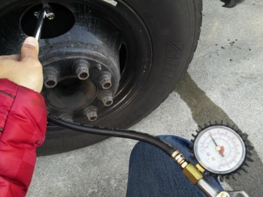 タイヤの空気 (10)