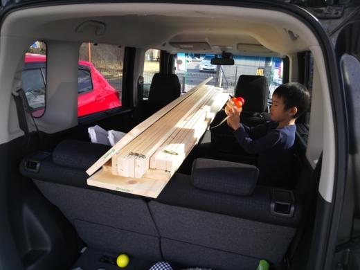 車内に棚作成 (2)