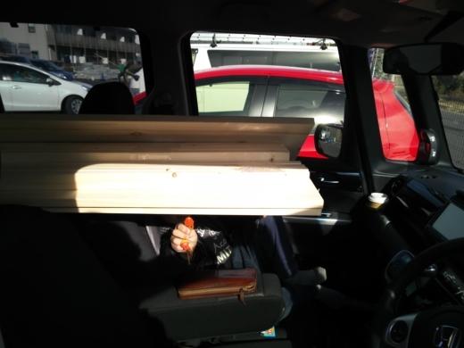 車内に棚作成 (3)
