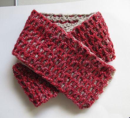 3かぎ針編みの両面マフラー