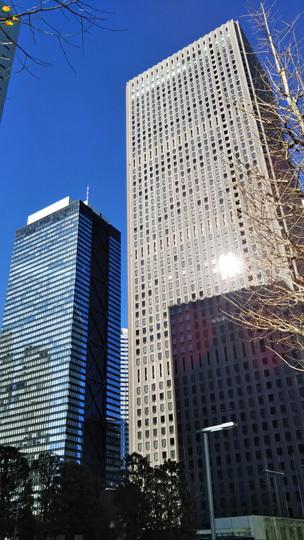 新宿センタービルと三井ビル