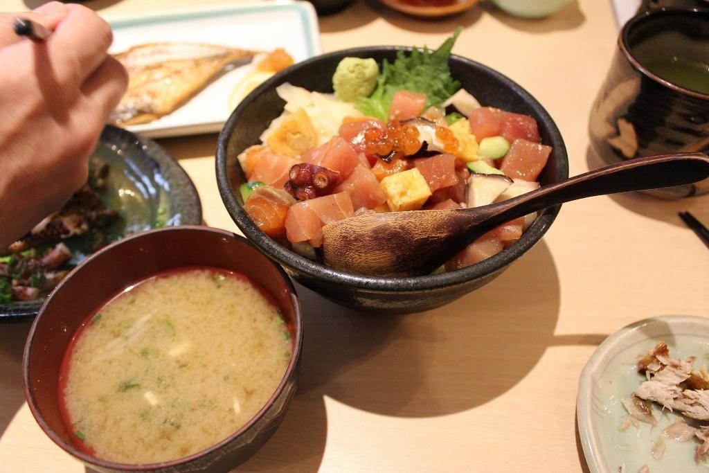 山正丼 (1024x683)