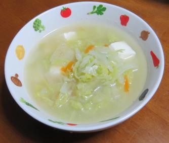 ハクサイと豆腐のスープ