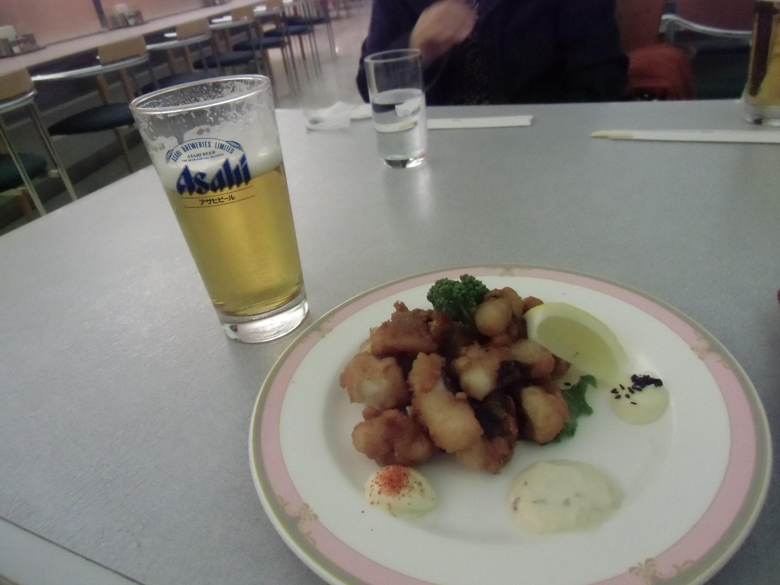 ビールとタコザンギ