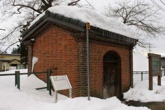 ③ランプ小屋
