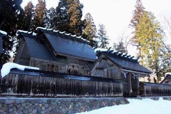 ⑥長瀧白山神社 (550x367)