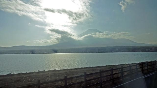 22山中湖と富士山
