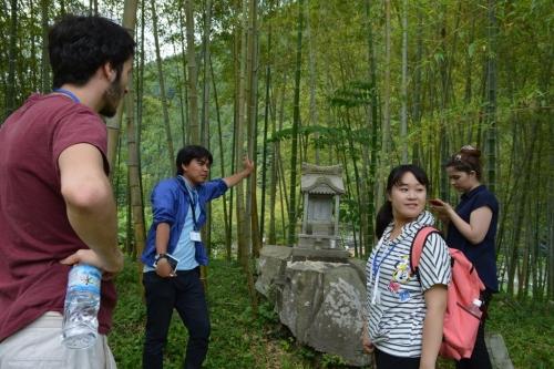 留学生を案内するツアーをやったりもしています