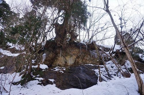 s-みょうばん岩①