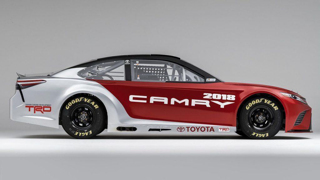 2018-toyota-camry-nascar-race-car-4-1024x576.jpg