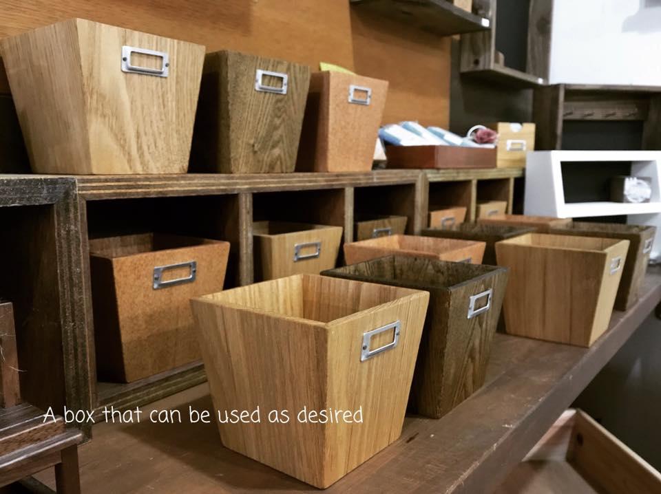 木箱が沢山5