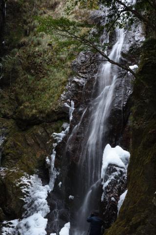 百間滝全景