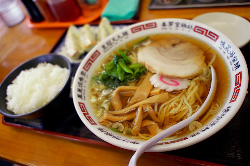 麺屋ゆら@小山市福良 醤油ラーメン+餃子セット