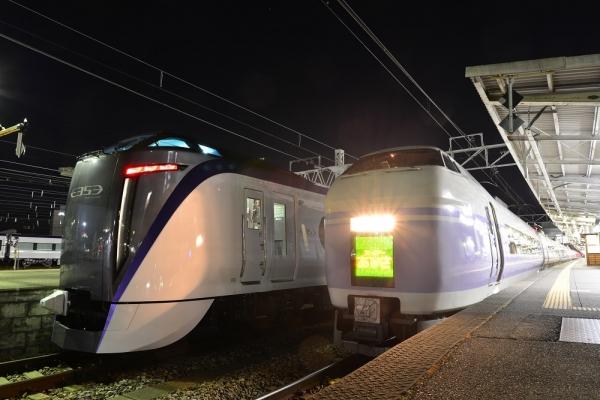 2017年12月3日 JR東日本篠ノ井線 松本 E353系S203編成/E351系S23編成
