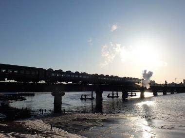 02下り9381レ釧路-東釧路釧路川橋梁0223