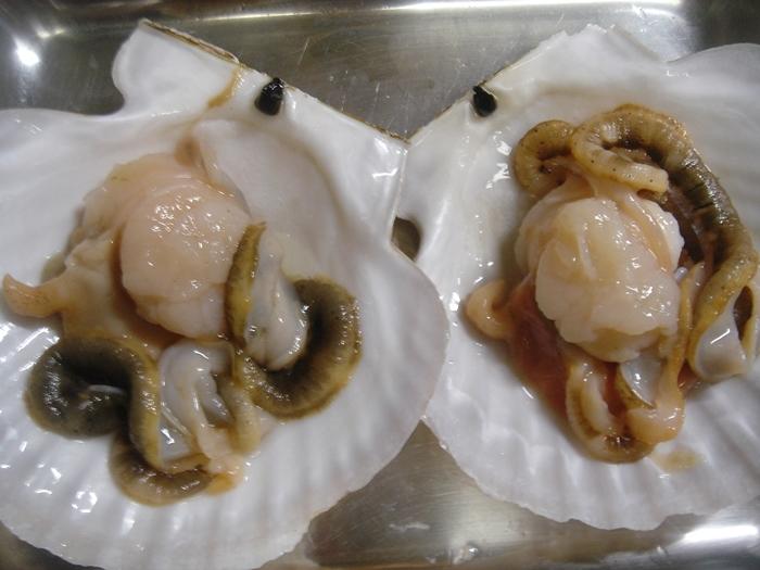 殻付き帆立貝のバター醤油焼き